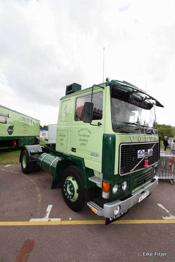 20141003-Retro-Truckshow-00466.jpg
